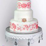 Darlene Cake Stand With Cake