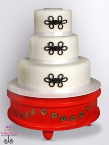 Leyla Cake Stand