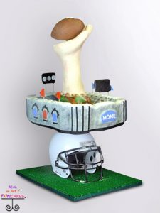 Quin Cake Stand